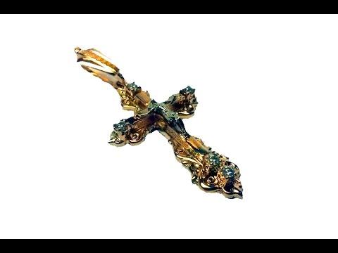 золотой крест с фианитами