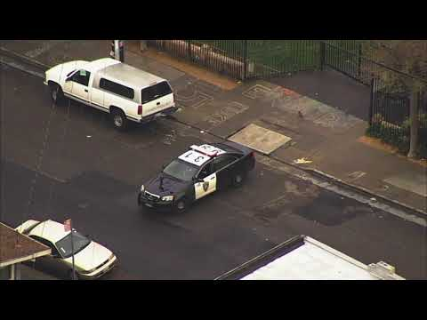 Lockdown lifted at Oakland school after student brought gun to school
