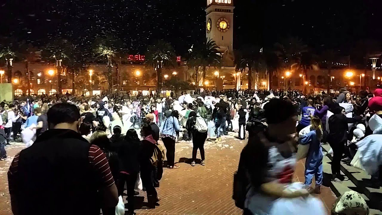 pillow fight valentines day in san francisco 2016