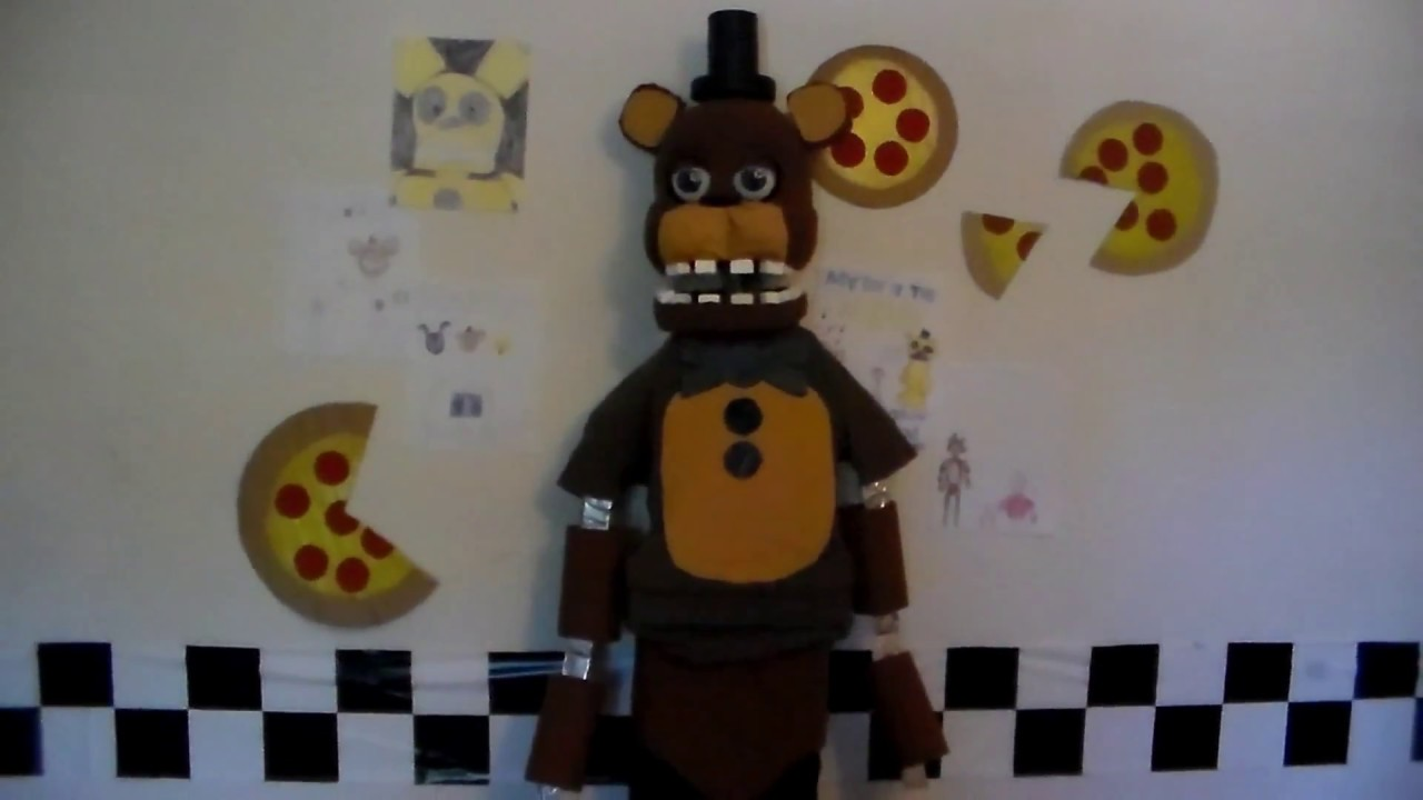 (FNaF Cosplay) Making a Withered Freddy Mask