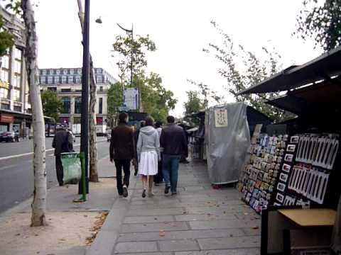 Paris: Vintage and Souvenirs Merchants at Seine River Bank