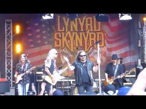Lynyrd Skynyrd – Gimme Three Steps (Live – NYC June 2018)