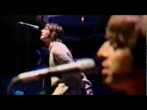 Oasis - 12 Cast No Shadow [1996'08'11 Knebworth Park Stevenage, UK]