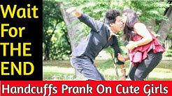 Handcuff-HATHKADI Prank    Fake MAGICIAN Prank   Prank In India    Prank On Girls    MindlessLaunde