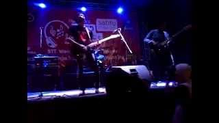 Gugun Blues Shelter  Its Time To Rulle The Word Trinus cover 360p)