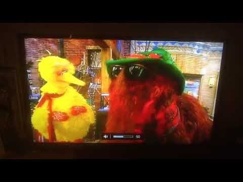 elmo saves christmas part 1 it all began on a christmas eve on sesame street - Sesame Street Elmo Saves Christmas