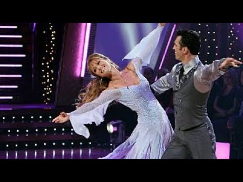 Jane Seymour and Tony Dovolani  Valzer Viennese Dancing with the stars