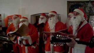 Rußwurstsänger In der Weihnachtsbäckerei