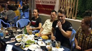 Rapper Mạnh Cường hát Siêu Phẩm trên nền nhạc của Sơn Tùng MTP tại Vỹ Dạ Quán cực hay