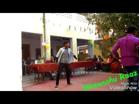 Ye meri natkhati college ki ladkiyon (the best dance in the college)