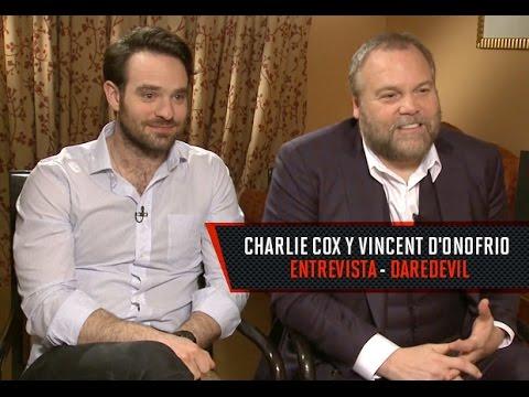 Entrevista con Charlie Cox y Vincent D'Onofrio por Daredevil en Netflix