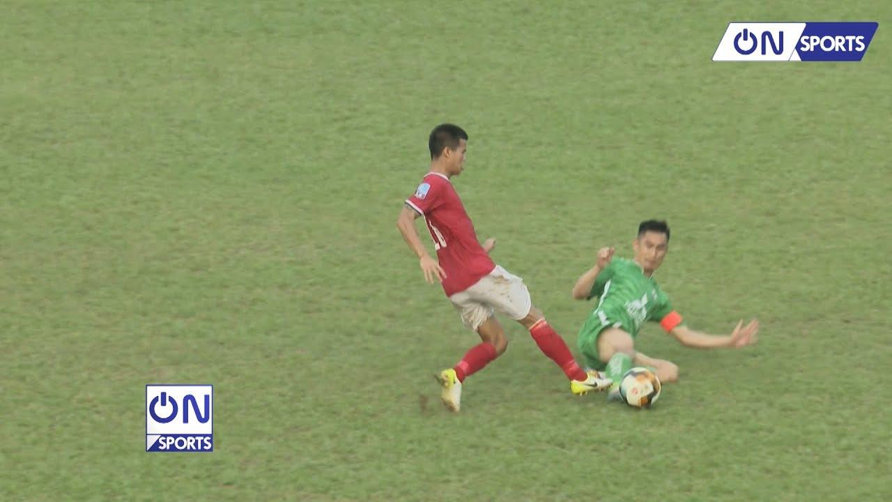Pha xoạc bóng như triệt hạ đối phương gây sốc của cầu thủ Phù Đổng FC | On Sports