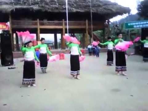 Mua khai truong khu du lich Thac Ma Hao