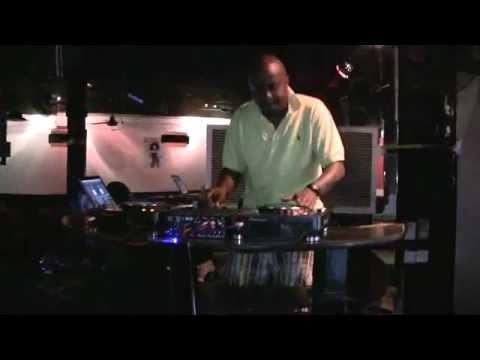 Creme De La Creme and STL Scratch Routine Sound Check.mp4
