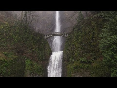 Chasing Waterfalls in Oregon - Historic Columbia River Hwy