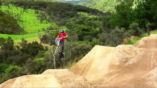 Backyard BMX and Motocross park - Farm Jam