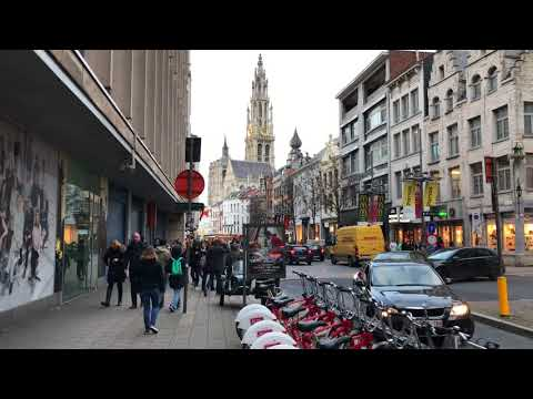 Walking in Downtown Antwerp (Belgium) On the Second Day of Christmas 2017