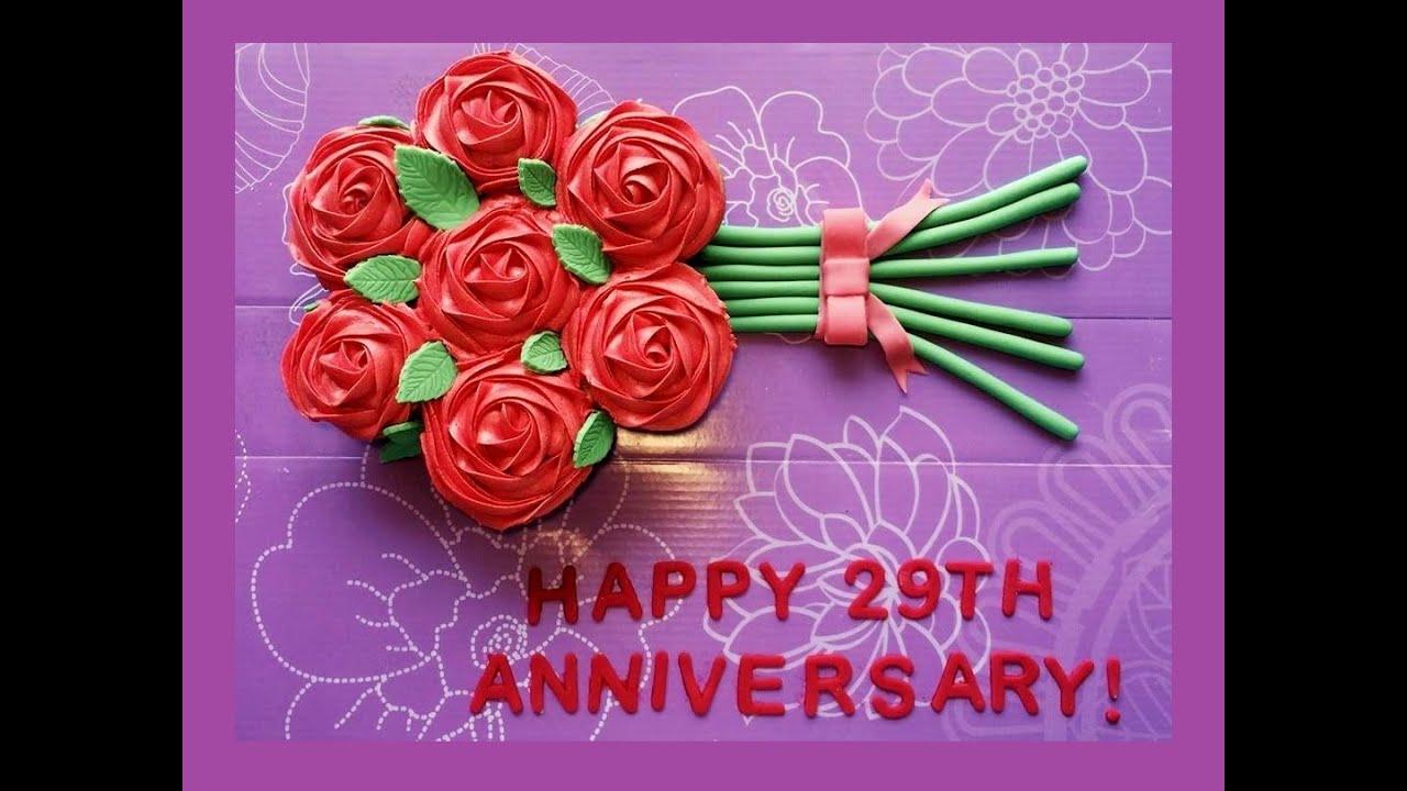Cupcake rose bouquet valentines day idea a bakers obsession cupcake rose bouquet valentines day idea a bakers obsession youtube izmirmasajfo