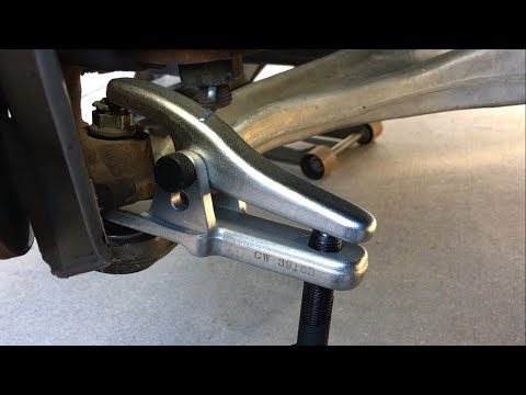 How to Use Ball Joint Separator