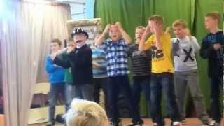 Kinderen voor kinderen - Boekenwurm (cover door groep 6, Basisschool