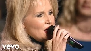 Bill & Gloria Gaither - Four Days Late [Live] ft. Karen Peck & New River
