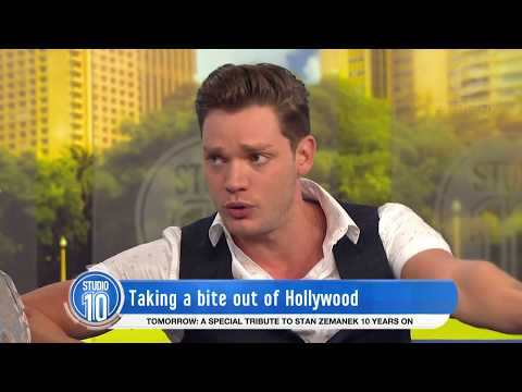 Dominic Sherwood Talks 'Shadowhunters' & Girlfriend Sarah Hyland | Studio 10