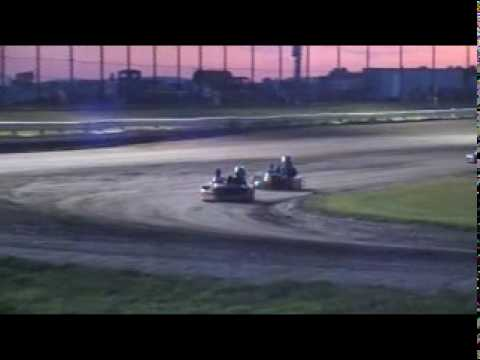 Whip City Speedway:  Novice Feature Race on 9/5/09