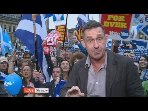 Scottish independence: Yes campaign gets flash  | Channel 4 News