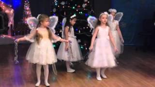 танец снежных бабочек в дет.саду.