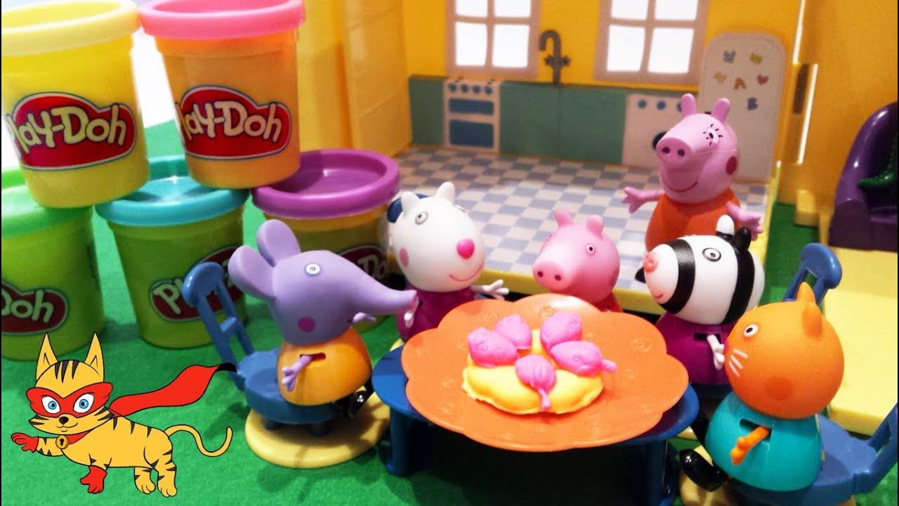 💕 Peppa Pig 💕 Las amigas de Peppa comen tarta de fresas de Play ...