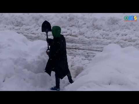 Heavy Snowfall day 3, Non-stop Snowfall in Kashmir.