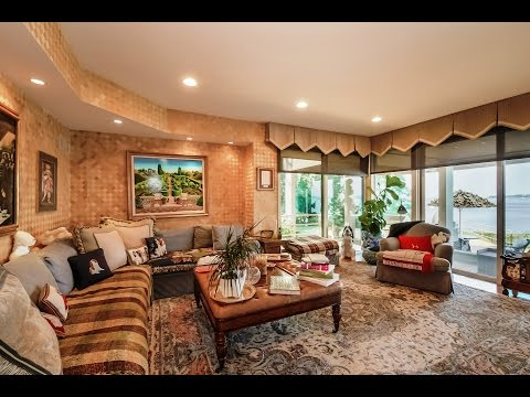 For Sale: A Stunning Multi Level Home in Great Neck NY