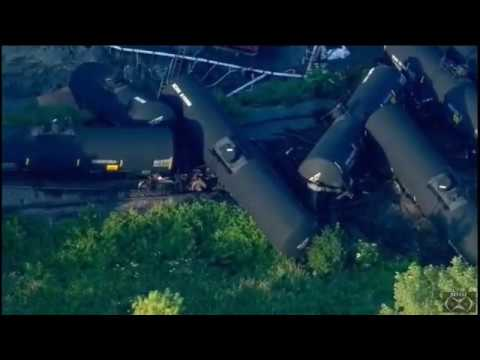 Train Derails In Plainfield, Illinois; Leaking Tankers Observed