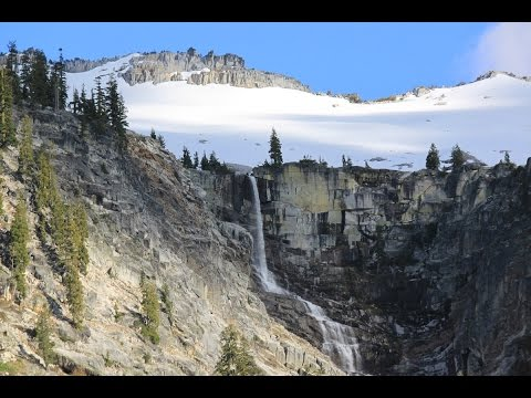 Backpacking to Grizzly Lake Falls in the Trinity Alps.