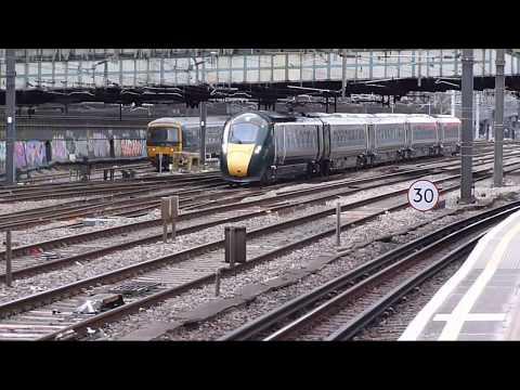 Trains at: Paddington, 1 Feb 2018