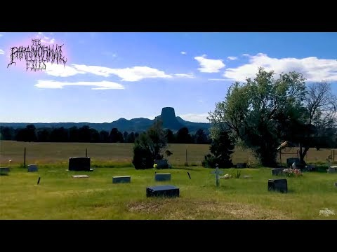 THE DEVIL'S TOWER hidden CEMETERY ?! (Visiting in Wyoming) [Travel Haunted Vlog HD 2018]