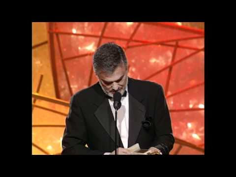Burt Reynolds Wins Best Supporting Actor Motion Picture - Golden Globes 1998