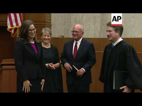 kavanaugh-administers-oath-to-new-federal-judge