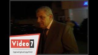 إبراهيم محلب وسناء منصور يقدمان واجب العزاء فى والد ياسمين عبدالله