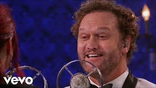 David Phelps Ft. Charlotte Ritchie Fall On Your Knees Live.mp3