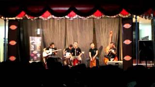 Broken Rose - Burn Me Nicely (Acoustic Version) live at Rumble Royale