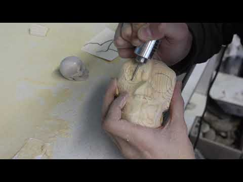 I Carve a Skull out of Wood