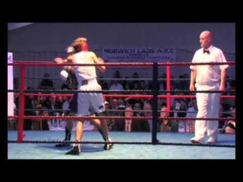 Amateur boxing KO - Rylan Charlton