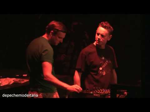 Martin Gore - FULL DJ SET London MUTE at Roundhouse 14/05/2011 Great Quality Full HD