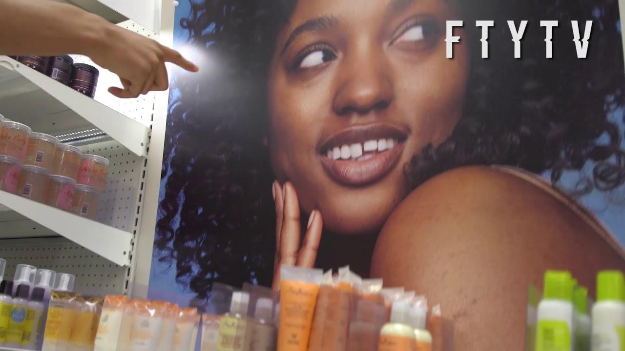 Nle Choppa  Girlfriend Shopping In Beverly Hills  Stops -6521