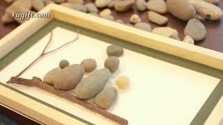 How To Make Pebble Art 1- Pebble Art Family Sat On A Bench