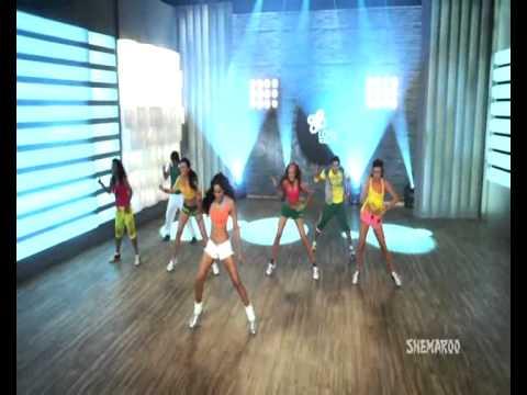 30 Mins Aerobic Dance Workout - Bipasha Basu Break free ...