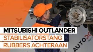 Hoe een stabilisatorstang rubbers achteraan vervangen op een MITSUBISHI OUTLANDER