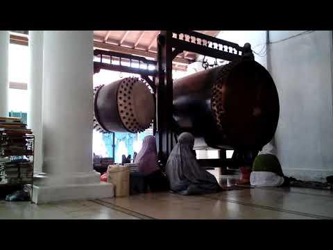 Gema Bedug Adzan Dhuhur - Masjid Ampel Surabaya
