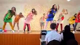 Классный танец под песню Вставай